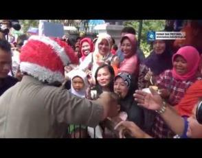Embedded thumbnail for Wagub Hidayat Arsani Rayakan Ulang Tahun di Jalanan
